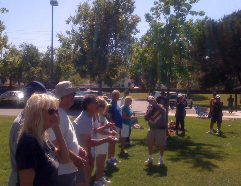 Jim Robertson (the 'Prez') setting up the egg toss game.
