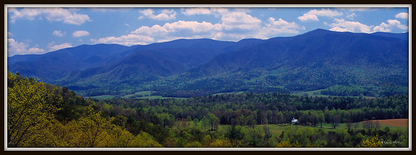 Cades Cove from the Rich Mountain Road.