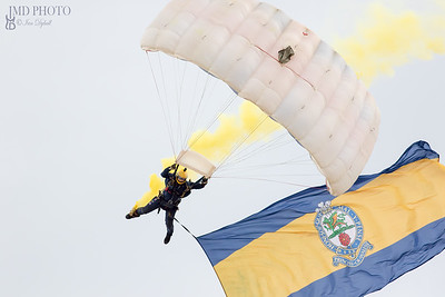 Tigers army freefall parachute team at Great Yarmouth airshow 2018
