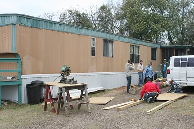09 03 Minden, LA - With new skirt completed, the next project is building the ramp extention. lf