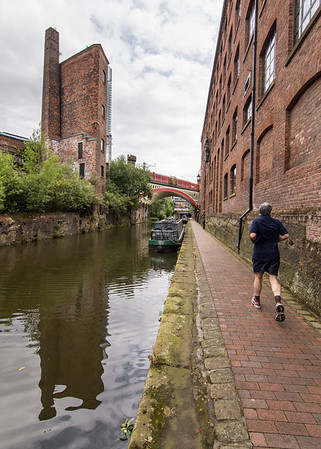 Jogging on the Bridgewater Canal towpath