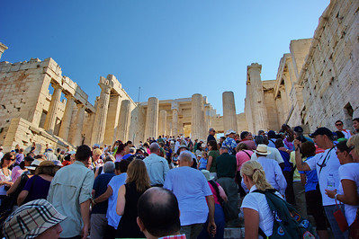 Crowds at the Parthenon