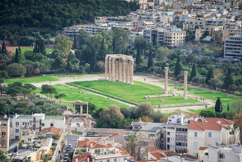 arch of hadrian and temple of olympian zeus
