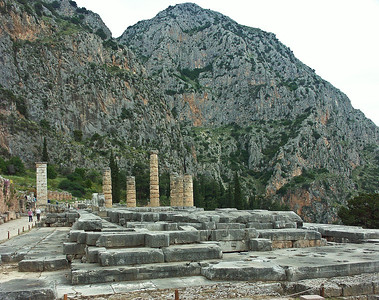delphi-ruins-greece-5
