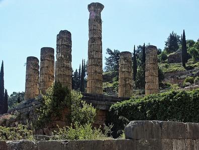 delphi-greece-ruins-3-2