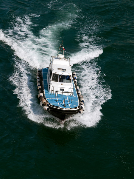 pilot boat, Ancona port, Marche, Italy<br /> <br /> E-420 & Zuiko 12-60/2.8-4.0