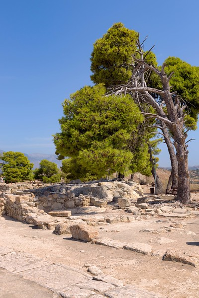Excavations in Phaestos Palace