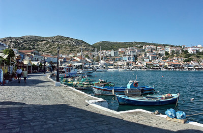 greek-island-harbor