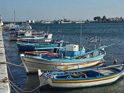 colorful-greek-boats