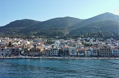 greece-island-town