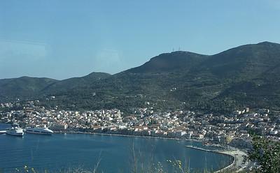 greece-island-town-2