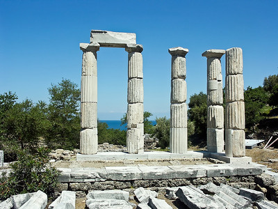 greece-temple-ruins-2-2