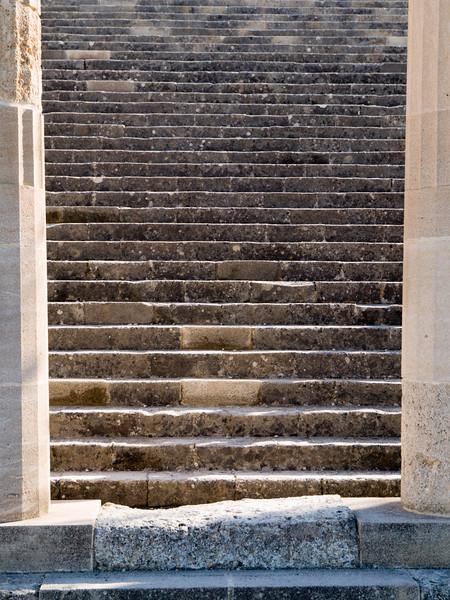 Lindos akropolis, steps and columns