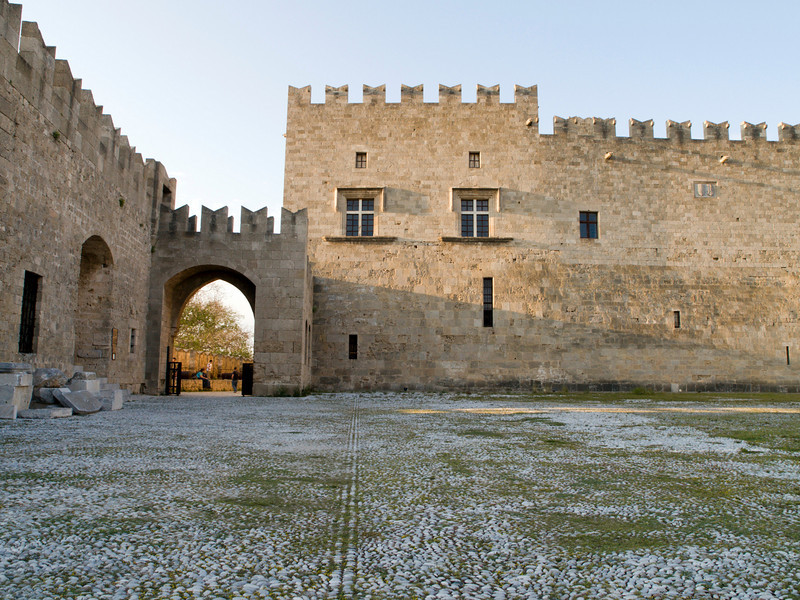 Rhodos oldtown, Grand Master´s Palace southern front, courtyard