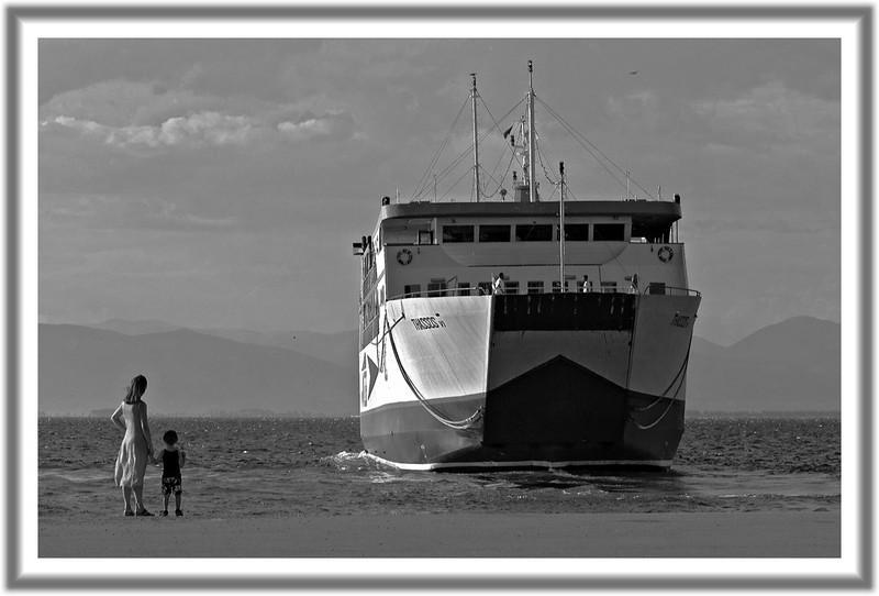 Ferry-2BWfrm