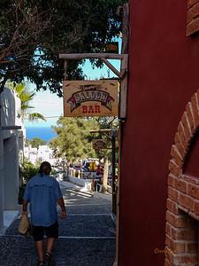 Murphy's Saloon, Santorini