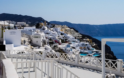 A Day in Oia