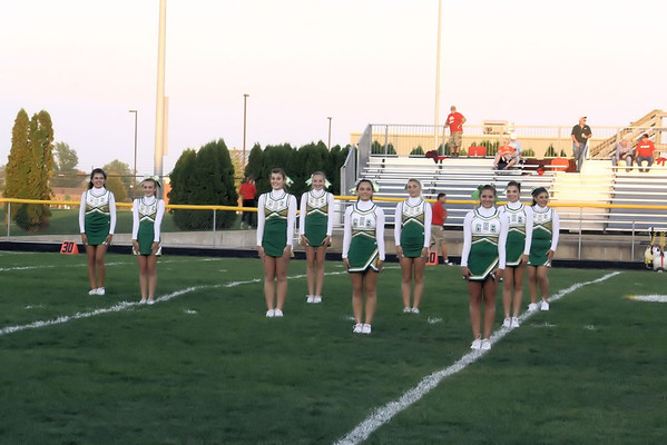 Cheerleaders & Maplettes Homecoming 2013!