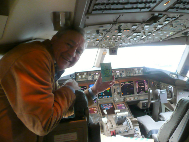Green Man Traveller, 777 flight deck