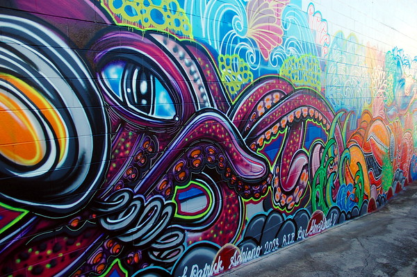 Street art in Australia, graffiti wall in Airlie Beach