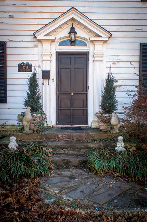The front entrance to Ann Davis home on Boston Street.