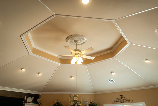 The octagonal ceiling in the Humphreys' living room reaches to 13 feet.