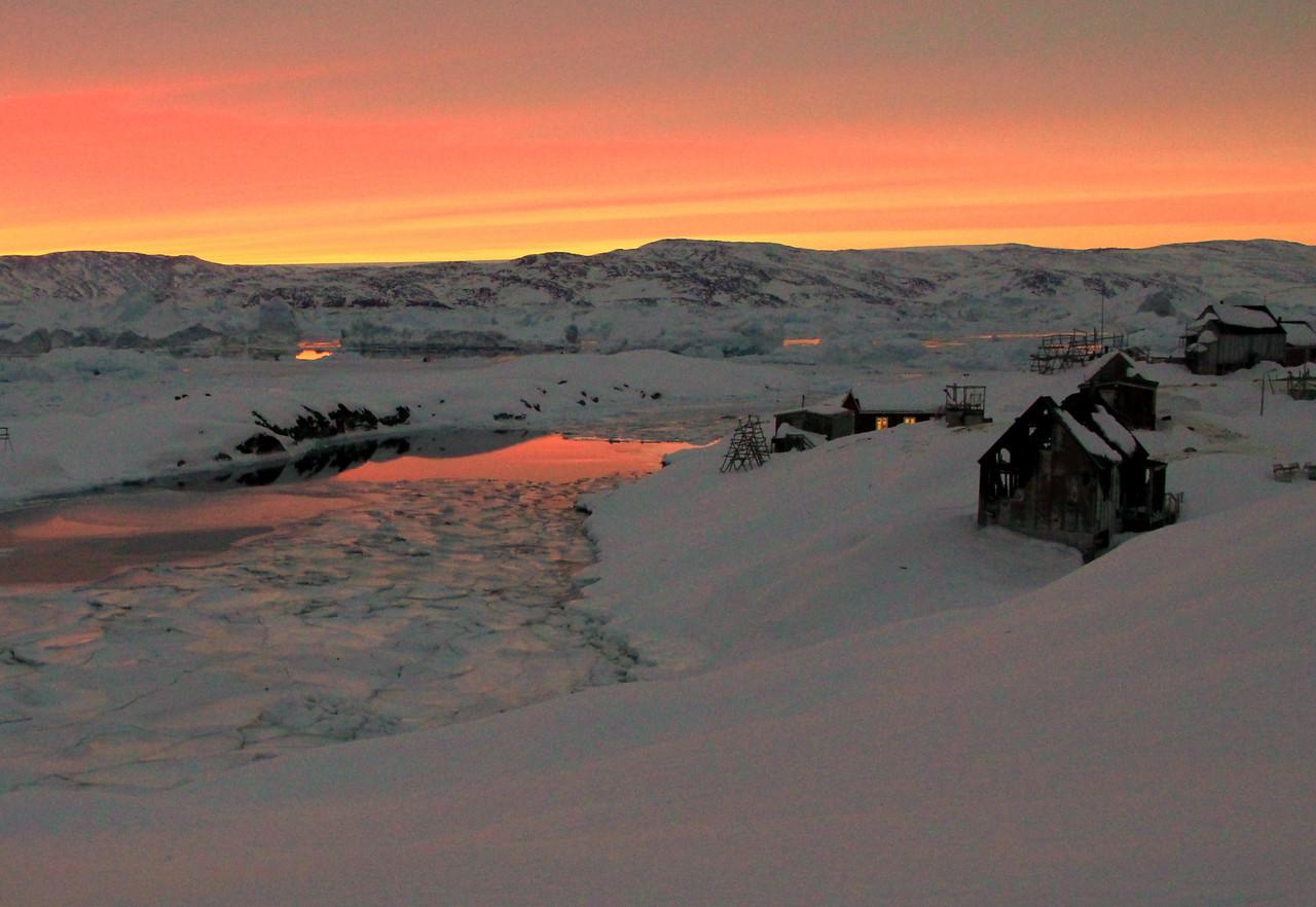 Shrinking settlement, Tinitelaaq