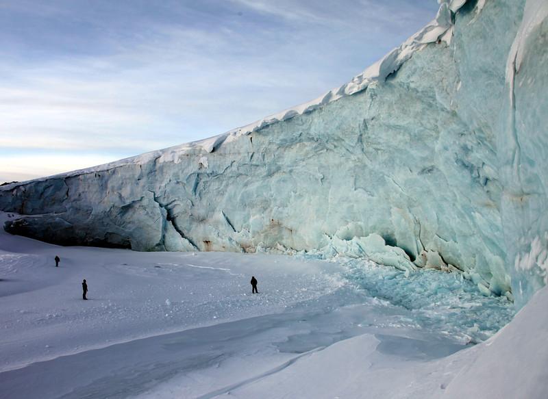 17 The edge of the glacier