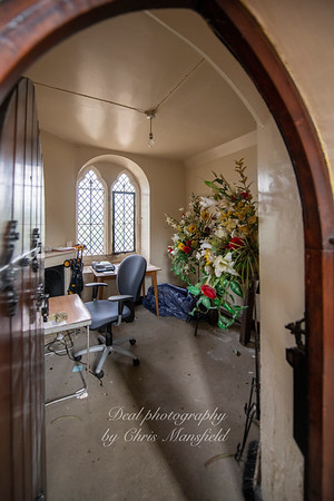 Aug' 1st 2019.  Charlton cemetery.  Anglican chapel office.  ( now disused )