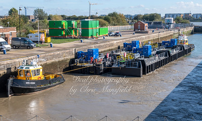 Oct' 18th 2018 .  New ferry landing gear at KG5 dock