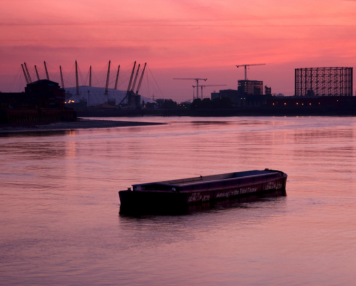 Pink skies at dawn at Greenwich