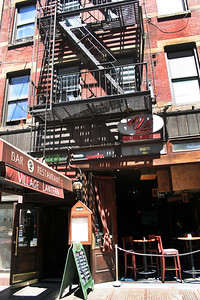 022-Greenwich Village-167 Bleecker Street  Village Lantern