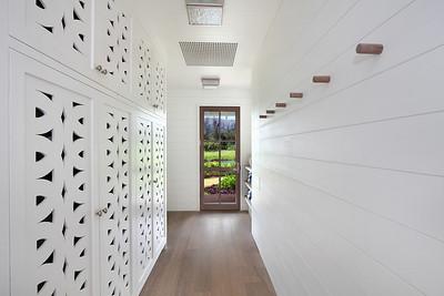 river_cottage_hallway_closets