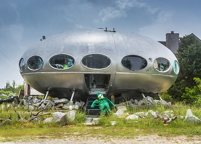 Outer Banks Spaceship