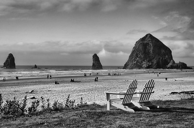 """Haystack Rock Relaxation B&W""  (#OR318)"