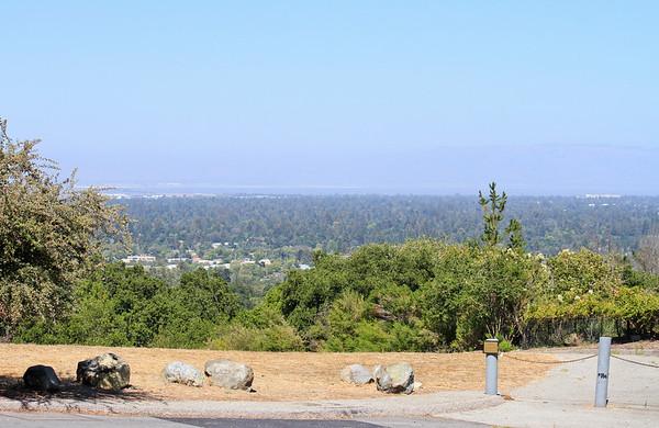 242 Cinnabar Rd Woodside, CA  94062-2306
