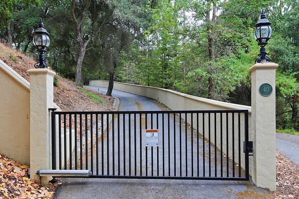 40 Firethorn Way Portola Valley, CA  94028-8039
