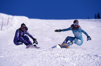 Left to Right: Pamela Bell (NZ) and Linda Richards (AU). Linda is riding an F2 snowboard.