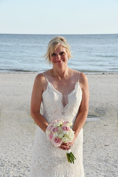 Beautiful Intimate wedding at Siesta Key Beach, FL