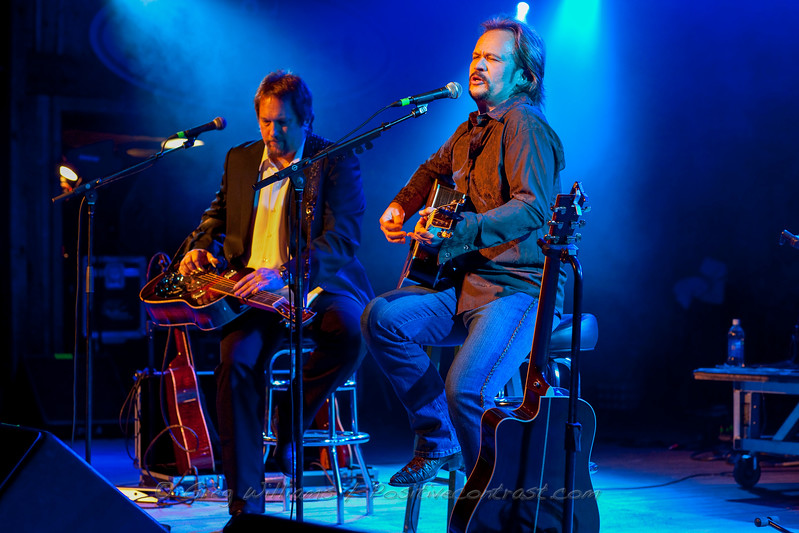 Jerry Douglas & Travis Tritt
