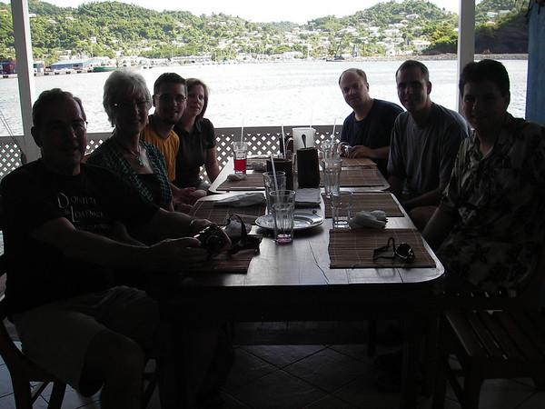 Visitors (Brian's family/Jen & Matt) - Dec 2008