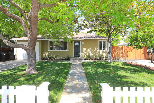 148 College St Mountain View