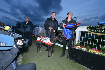 Droopys Trapeze