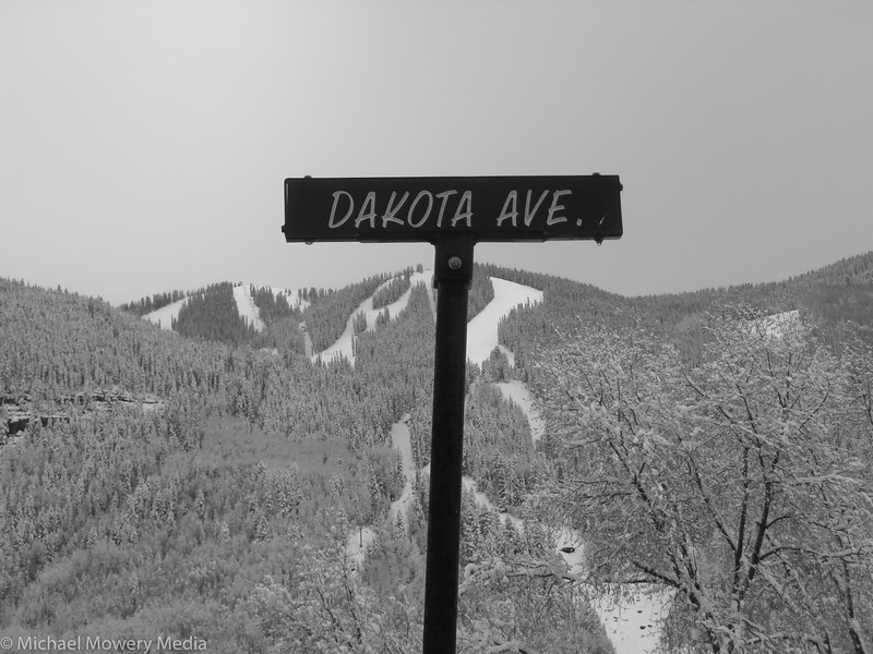 Dakota Ave