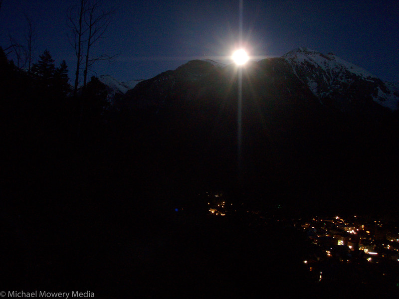 Full Moon Hike of the Jud Weibe