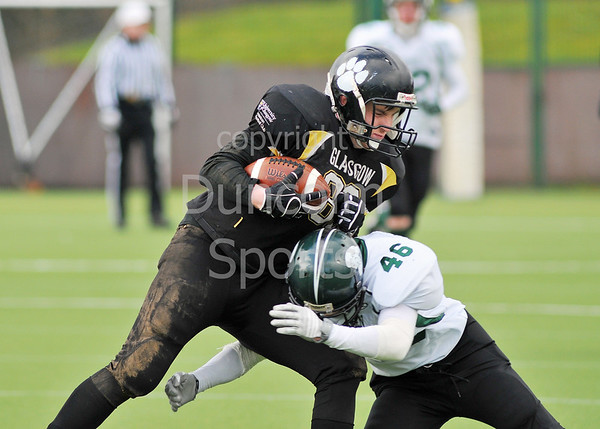 Glasgow Uni Tigers v Stirling Clansmen. BUCS American Football Scottish Division game at Garscube on 16 February 2014.