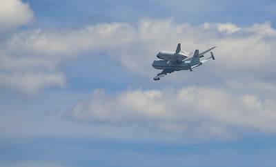 The Endeavour being transported to LAX by piggy-back on a NSA 747 did a fly-by over and around Griffith Park Observatory 9/21/12.