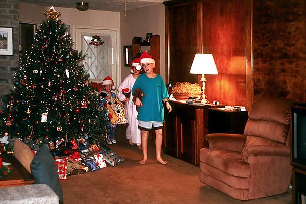 1996/12 Christmas morning in Houston