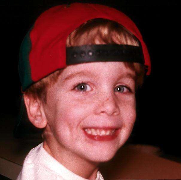 1997/12 Ben in the cap