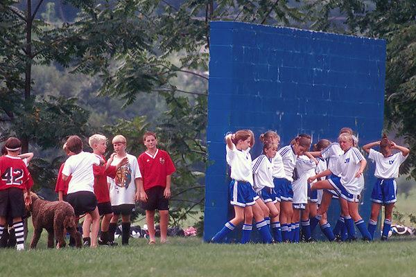 1997/09 soccer wall